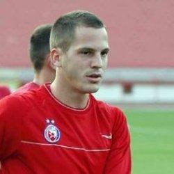 نیناد یفتیتش بازیکن مشهور فوتبال صربستان
